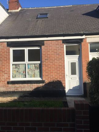 Thumbnail Cottage to rent in Somerset Cottages, New Silksworth, Sunderland