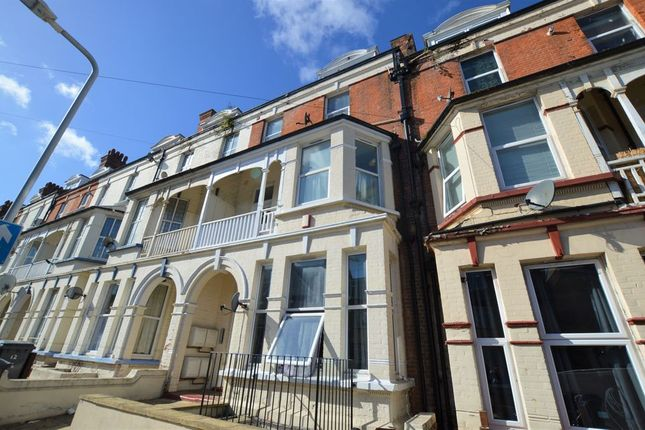 Thumbnail Flat to rent in Surrey Road, Cliftonville, Margate