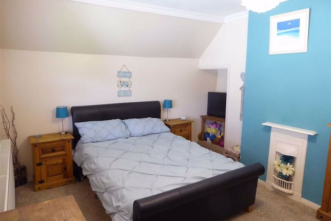 Bedroom 1 of Warwick Road, Wolston, Coventry CV8