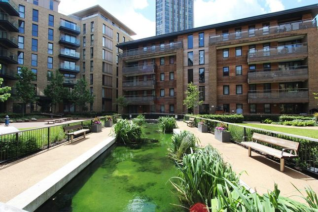 Thumbnail Flat for sale in Albatross Way, London