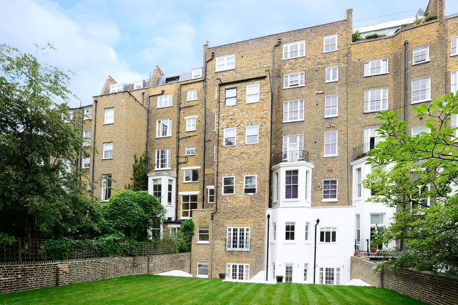 Thumbnail Flat to rent in Somerset Court, Lexham Gardens