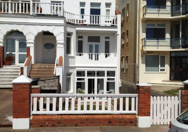 Thumbnail Flat to rent in West Parade, Bexhill On Sea