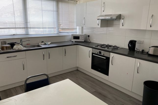 Thumbnail Terraced house to rent in Jupiter Way, London