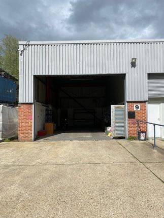 Thumbnail Warehouse to let in Bury Mead Road, Hitchin