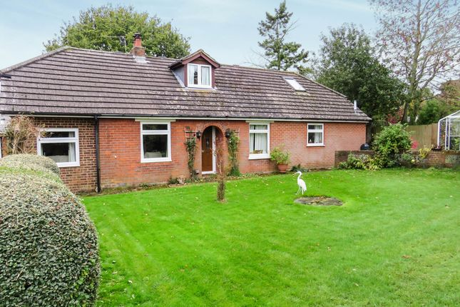 5 bed detached house for sale in Kiln Lane, Braishfield, Romsey