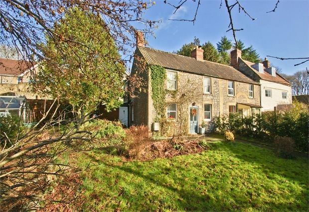 3 bed cottage for sale in Barrendown Lane, Shepton Mallet