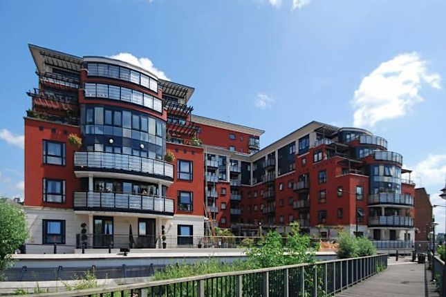 Thumbnail 1 bed flat to rent in Wadbrook Street, Kingston Upon Thames
