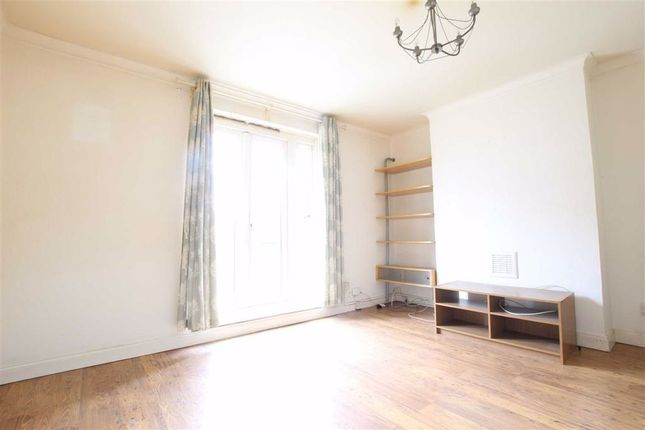 Thumbnail Flat to rent in Kent Street, London