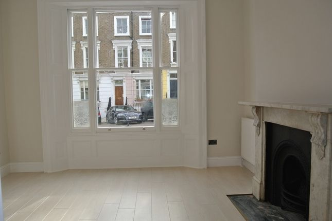 Thumbnail Property to rent in Chalcot Road, London