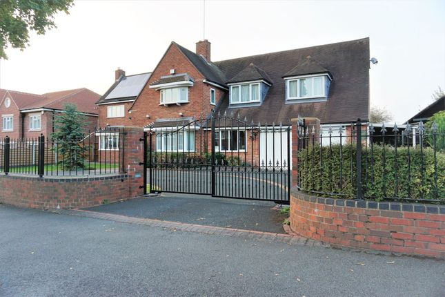 Thumbnail Detached house for sale in Park Road, Walsall