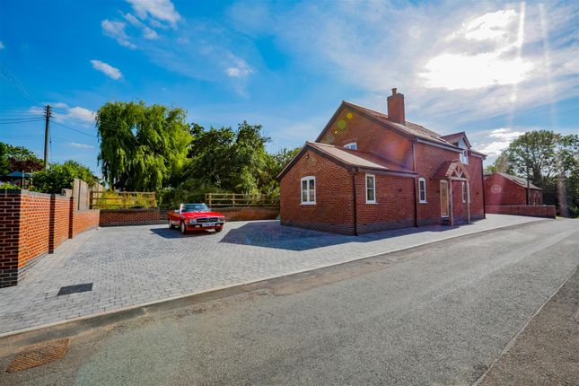 Thumbnail Property for sale in Holt Hill, Beoley, Redditch