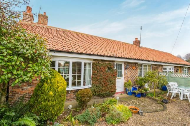 Thumbnail Bungalow for sale in Smithy Cottages, Main Street, Thorganby, York