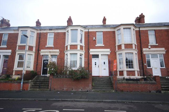 Thumbnail Maisonette to rent in Rawling Road, Bensham, Gateshead