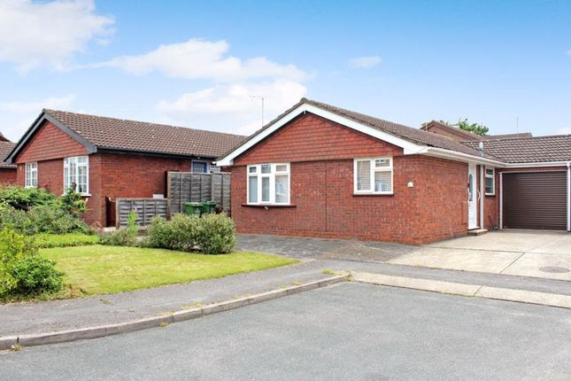 3 bed detached bungalow for sale in Ingrave Close, Wickford SS12