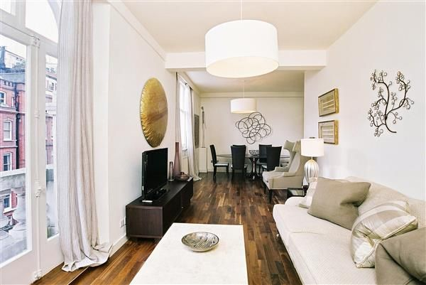 Flat to rent in Empire House, Thurloe Place, London
