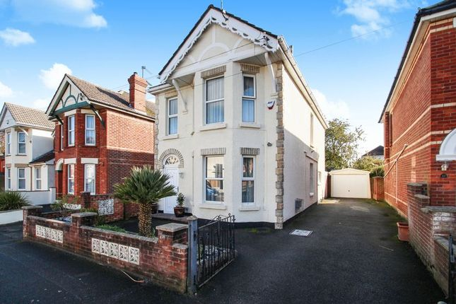 Thumbnail Detached house for sale in Oak Road, Bournemouth