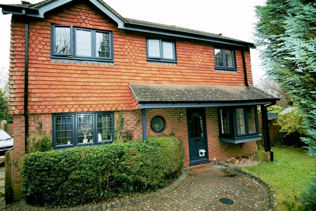 Thumbnail Detached house for sale in Stars Mead, Battle