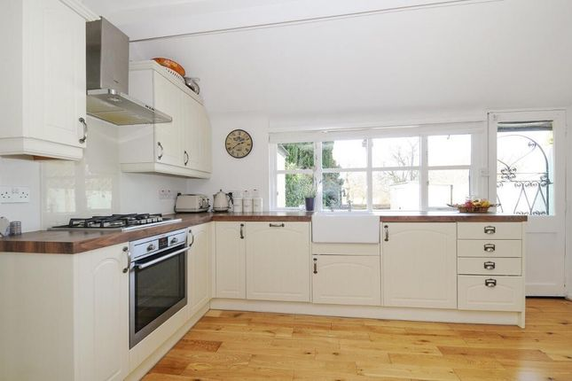 Thumbnail Semi-detached house to rent in Bramley Road, Oakwood