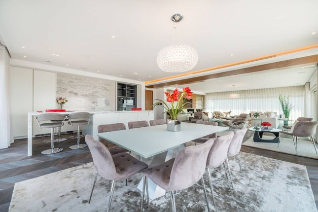 Thumbnail Flat for sale in Fulham Reach, Hammersmith