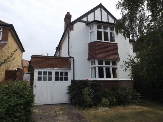 Thumbnail Detached house for sale in Mountway, Potters Bar, Hertfordshire