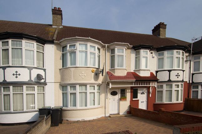Thumbnail Property for sale in Hedge Lane, Palmers Green