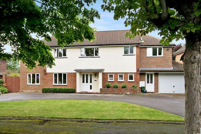 Thumbnail Detached house to rent in Kingsdown Road, Epsom