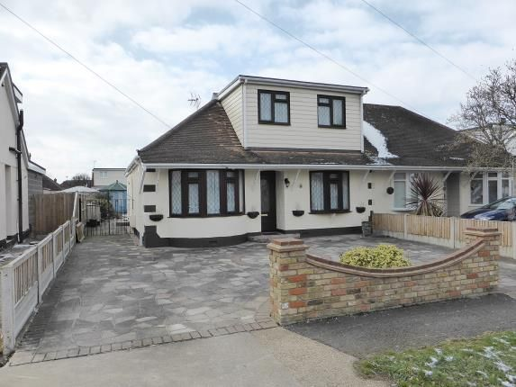 Thumbnail Bungalow for sale in Appleton Road, Benfleet