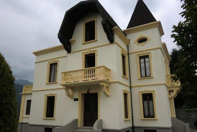Thumbnail Hotel/guest house for sale in Lakefront Villa, Lake Orta, Pettenasco
