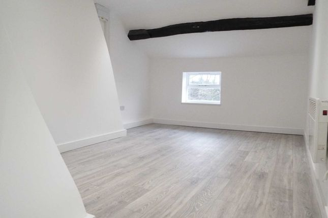 Thumbnail Flat to rent in Long Street, Middleton, Manchester