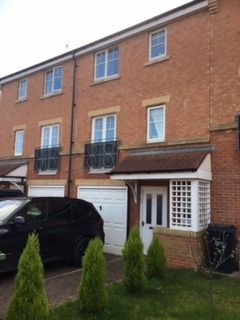 Thumbnail Town house to rent in Sanderson Villas, Gateshead