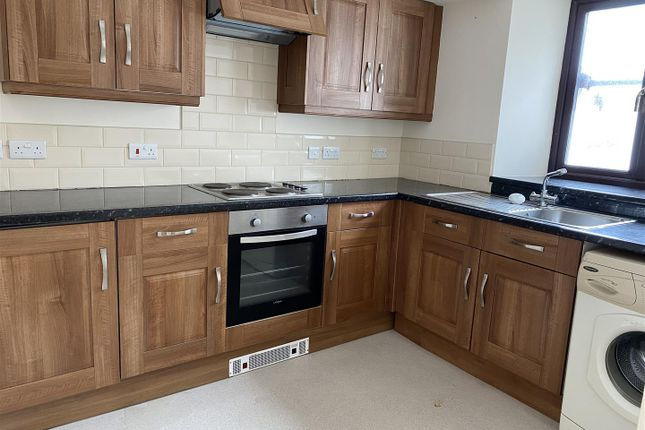 Thumbnail Flat to rent in High Street, Neyland, Milford Haven