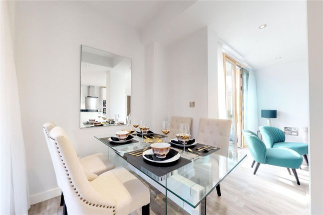 Thumbnail Flat for sale in Albany Court, Chiswick