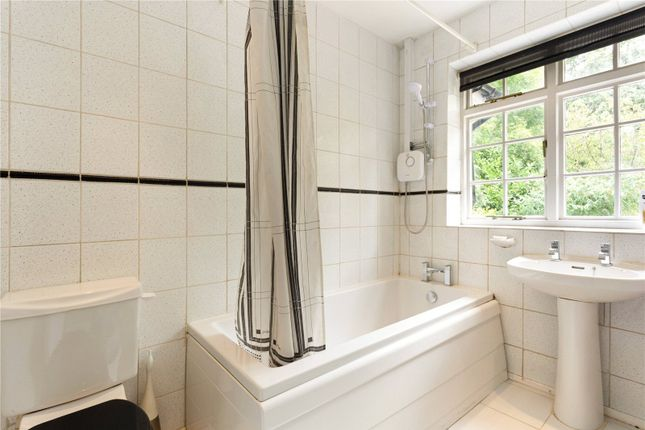 Picture No. 15 of Sarratt Lane, Loudwater, Rickmansworth, Hertfordshire WD3