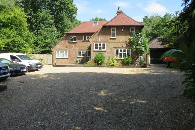 Thumbnail Detached house for sale in Balcombe Road, Crawley