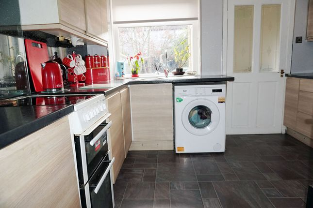 Kitchen of Hill View, Murray, East Kilbride G75
