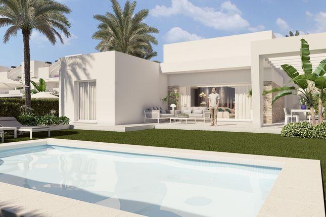 Thumbnail Villa for sale in Calle Daya Nueva, La Finca Golf, Alicante, Valencia, Spain
