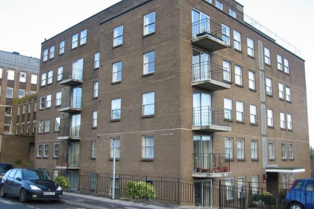 Thumbnail Flat to rent in Temple Street, Keynsham, Bristol