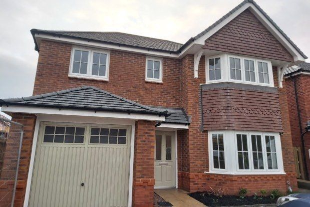 4 bed detached house to rent in Llanfair Road, Abergele LL22