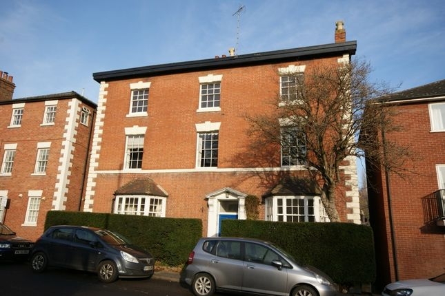 Thumbnail Flat to rent in The Butts, Warwick