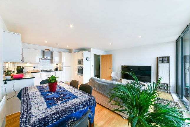 to Rent in Ferry Street, London E14