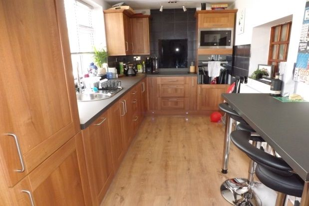 Thumbnail Bungalow to rent in Bryn Road, Towyn, Abergele