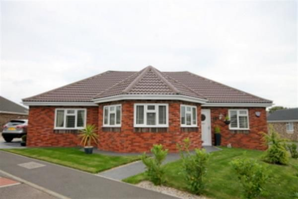 Thumbnail Bungalow for sale in Highlands Park, Clacton-On-Sea