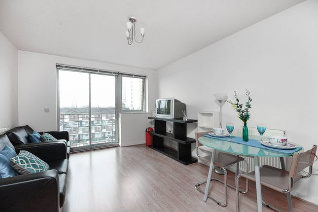 2 bed flat for sale in Violet Road, Bow