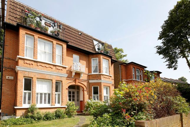 3 bed flat for sale in Victoria Crescent, Upper Norwood, London SE19