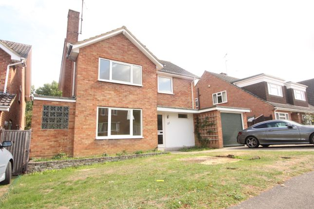 Thumbnail Detached house to rent in Instow Road, Earley, Reading