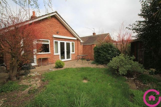 Thumbnail Bungalow to rent in Selborne Road, Bishops Cleeve, Cheltenham