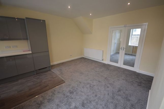3 bed terraced house to rent in Henthorn Road, Clitheroe BB7