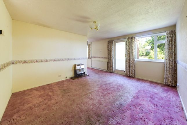 Living Room of Pleasant Hill, Tadley, Hampshire RG26