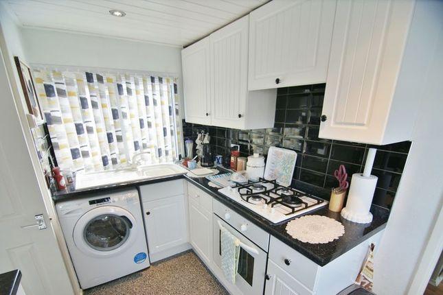 Kitchen of Lynwood Park, Preston PR4