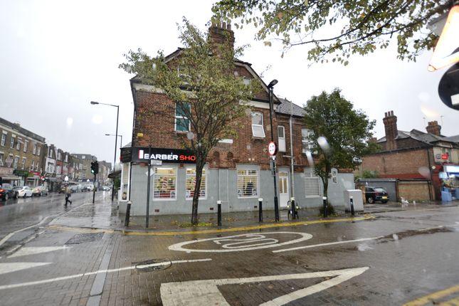 Flat to rent in Lordship Lane, London
